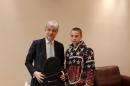Министър Димов връчи награди на ученици в международен конкурс